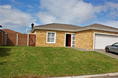 Brackenfell, Sonkring Property  | Houses For Sale Sonkring, Sonkring, House 3 bedrooms property for sale Price:2,195,000