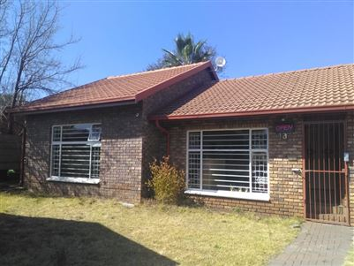 Centurion, Wierda Park Property  | Houses For Sale Wierda Park, Wierda Park, Commercial  property for sale Price:2,200,000