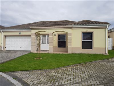 Property and Houses to rent in Durbanville (All), Townhouse, 3 Bedrooms - ZAR , 13,00*,M