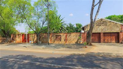 Pretoria, Waverley Property  | Houses For Sale Waverley, Waverley, House 4 bedrooms property for sale Price:2,700,000