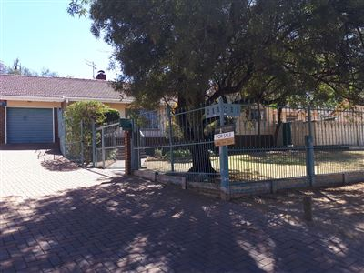 Johannesburg, Mondeor Property  | Houses For Sale Mondeor, Mondeor, House 3 bedrooms property for sale Price:1,695,000