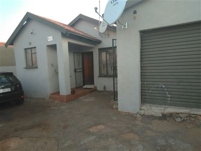 Germiston, Roodekop Property  | Houses For Sale Roodekop, Roodekop, House 2 bedrooms property for sale Price:650,000