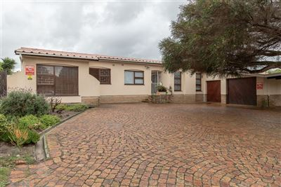 House for sale in Stellenridge