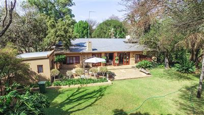 Pretoria, Derdepoort Property  | Houses For Sale Derdepoort, Derdepoort, House 3 bedrooms property for sale Price:2,900,000