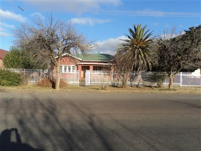 Property and Houses for sale in Viljoenskroon, House, 3 Bedrooms - ZAR 480,000