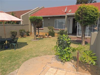 Johannesburg, Tulisa Park Property  | Houses For Sale Tulisa Park, Tulisa Park, House 3 bedrooms property for sale Price:790,000