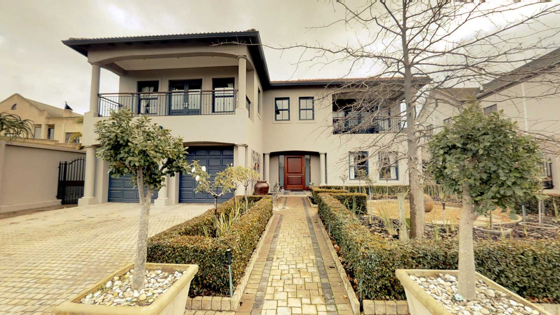 Executive living in a Secure Estate - R 5,250,000