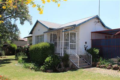 Krugersdorp, Krugersdorp North Property  | Houses For Sale Krugersdorp North, Krugersdorp North, House 6 bedrooms property for sale Price:890,000
