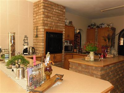 Die Heuwel property for sale. Ref No: 13682533. Picture no 3