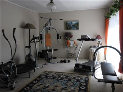 Die Heuwel property for sale. Ref No: 13682533. Picture no 6
