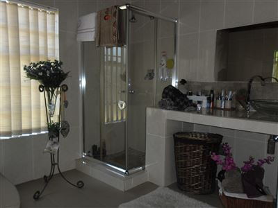 Die Heuwel property for sale. Ref No: 13682533. Picture no 17