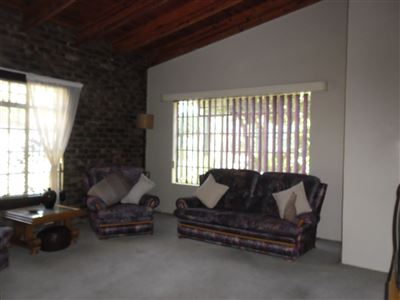 Die Heuwel property for sale. Ref No: 13682533. Picture no 19