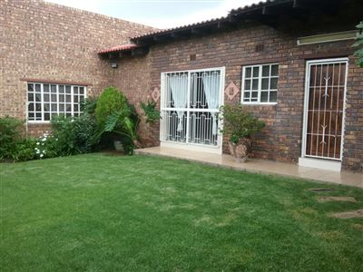 Die Heuwel property for sale. Ref No: 13682533. Picture no 27
