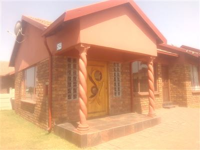 Witbank, Kwaguqa Property  | Houses For Sale Kwaguqa, Kwaguqa, House 3 bedrooms property for sale Price:690,000