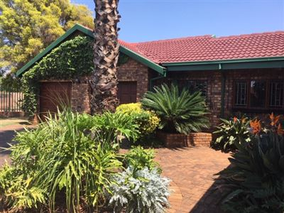 House for sale in Zwartkop