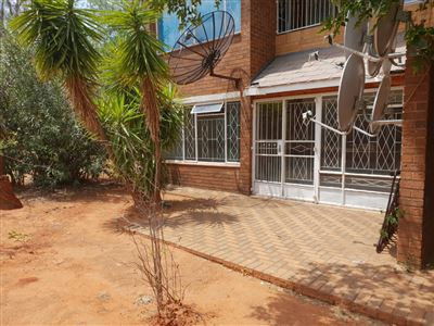 Property and Houses to rent in Adamayview, Apartment, 1 Bedrooms - ZAR ,  2,50*,M