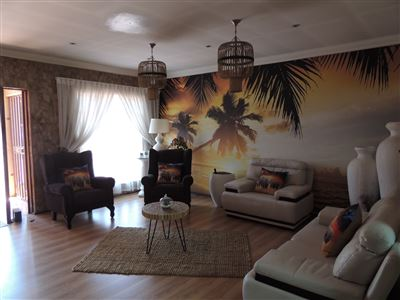 Property and Houses for sale in Verwoerdpark, House, 3 Bedrooms - ZAR 1,899,000