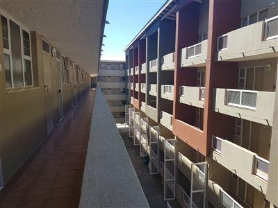Bloemfontein, Universitas Property  | Houses For Sale Universitas, Universitas, Apartment 2 bedrooms property for sale Price:850,000