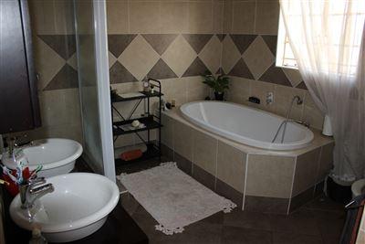 Valtaki property for sale. Ref No: 13687983. Picture no 12