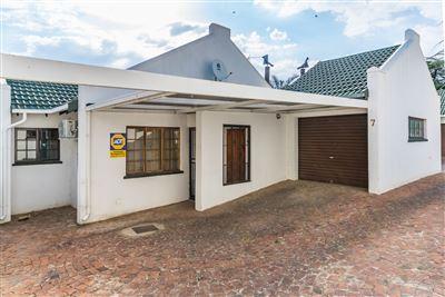 Krugersdorp, Krugersdorp North Property  | Houses For Sale Krugersdorp North, Krugersdorp North, Townhouse 3 bedrooms property for sale Price:895,000