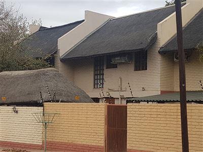 Musina, Musina Property  | Houses For Sale Musina, Musina, Townhouse 3 bedrooms property for sale Price:1,200,000