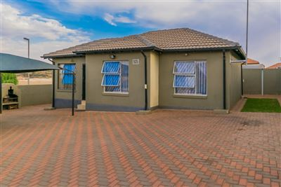 Roodepoort, Groblerpark Property  | Houses For Sale Groblerpark, Groblerpark, House 3 bedrooms property for sale Price:750,000