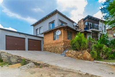 Roodepoort, Lindhaven Property  | Houses For Sale Lindhaven, Lindhaven, House 3 bedrooms property for sale Price:899,000