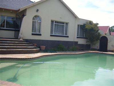 Johannesburg, Mondeor Property  | Houses For Sale Mondeor, Mondeor, House 3 bedrooms property for sale Price:1,490,000
