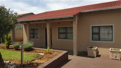 Johannesburg, Suideroord Property  | Houses For Sale Suideroord, Suideroord, House 3 bedrooms property for sale Price:1,495,000