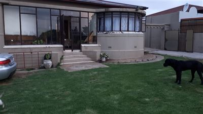 Johannesburg, The Hill Property    Houses For Sale The Hill, The Hill, House 3 bedrooms property for sale Price:999,000