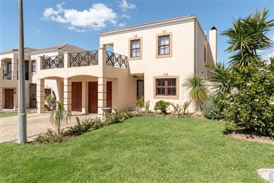 Kraaifontein, Uitzicht Property    Houses For Sale Uitzicht, Uitzicht, Townhouse 3 bedrooms property for sale Price:2,550,000