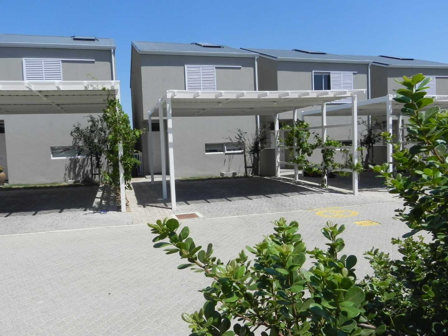 Modern Townhouse for Sale in Somerset West Lifestyle Estate