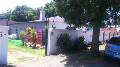 Johannesburg, The Hill Property    Houses For Sale The Hill, The Hill, House 3 bedrooms property for sale Price:1,450,000