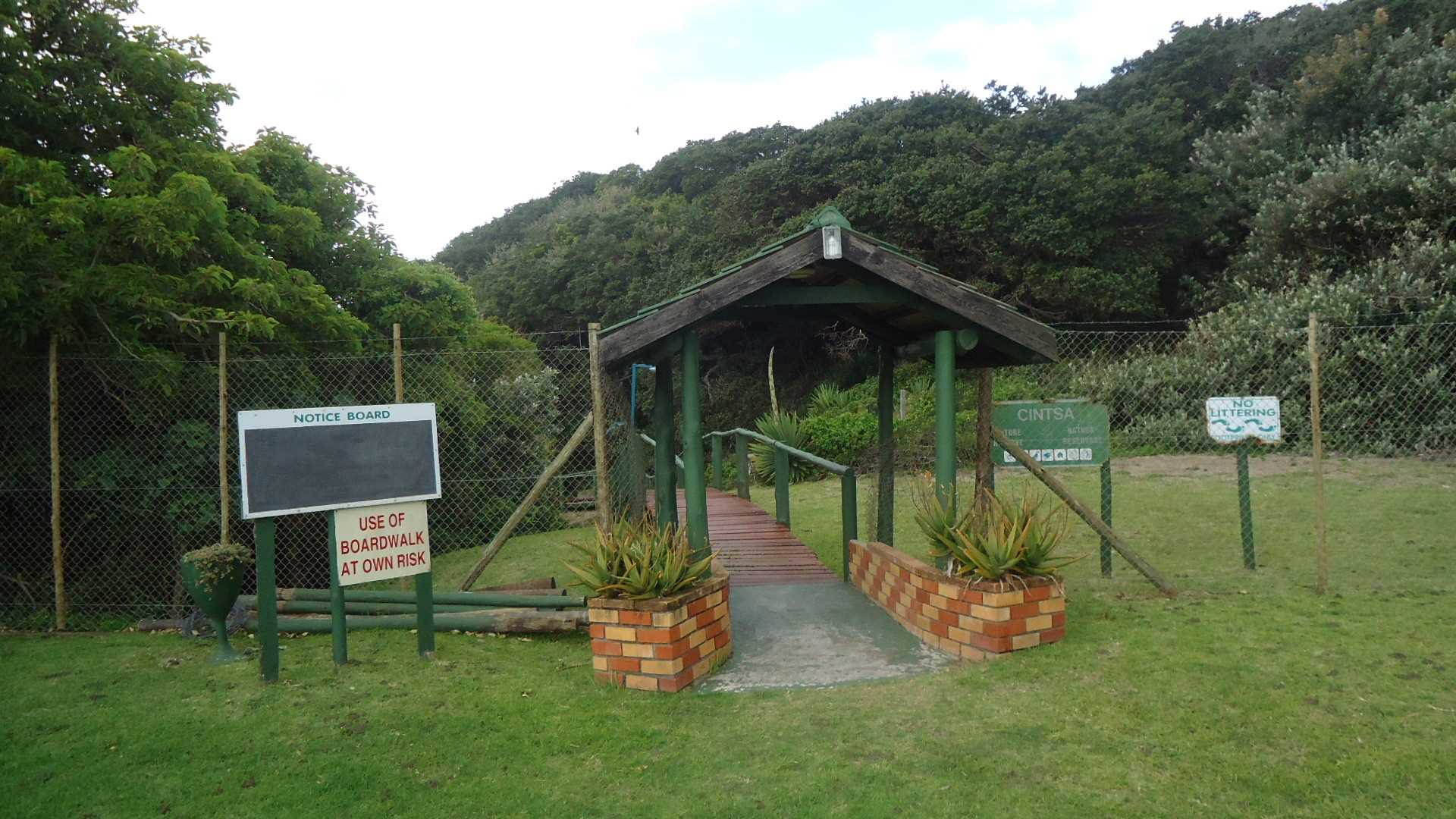 Entrance to walkway to access the beach