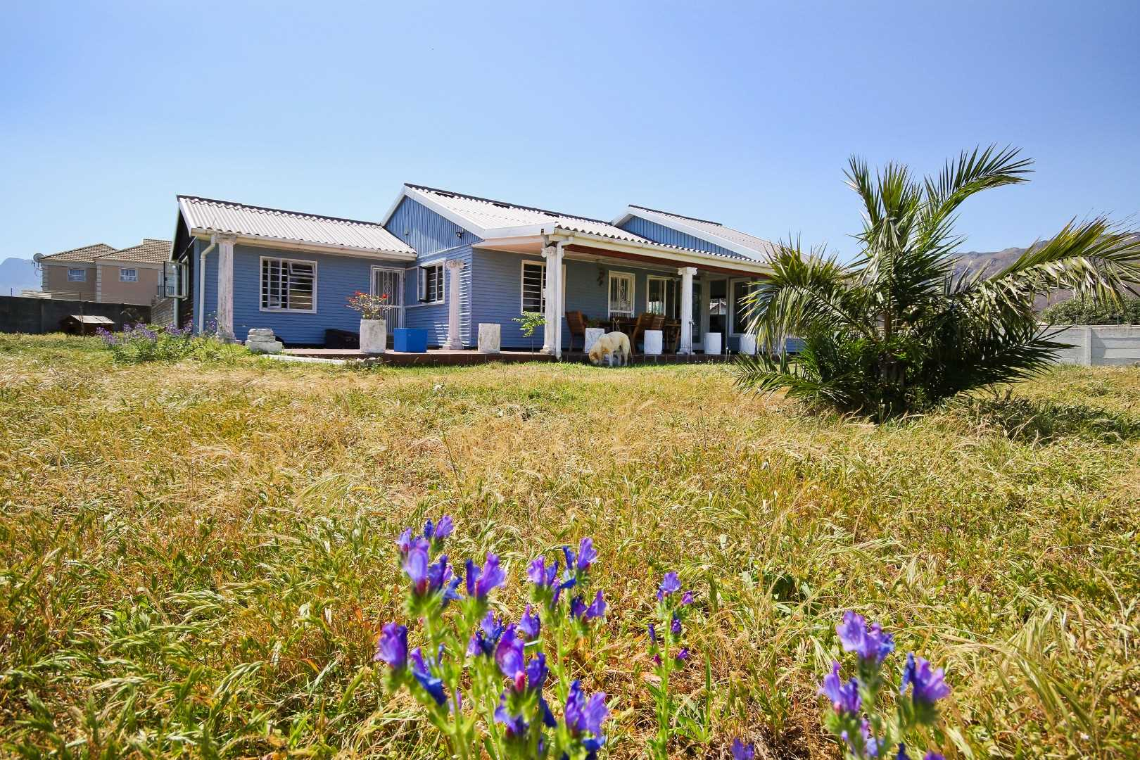 An Easy Walk to the Beach from this Home in Gordon's Bay