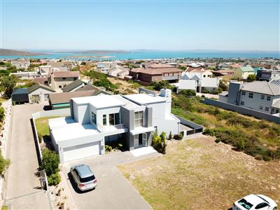 House for sale in Myburgh Park