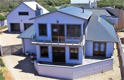 Property and Houses for sale in Jongensfontein, House, 5 Bedrooms - ZAR 4,080,000