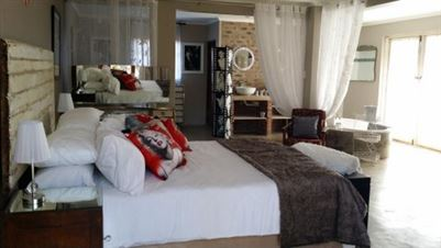 Kameeldrift East property for sale. Ref No: 13699774. Picture no 21