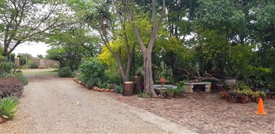 Kameeldrift East property for sale. Ref No: 13699774. Picture no 18