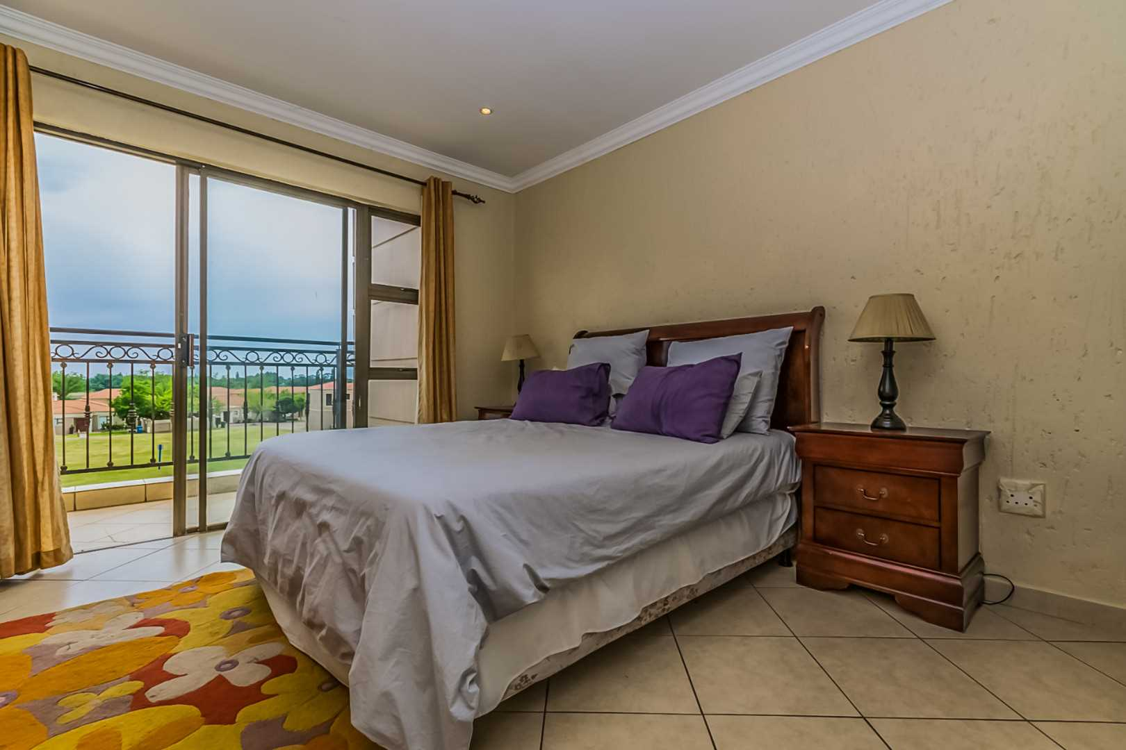 2nd bedroom with balcony