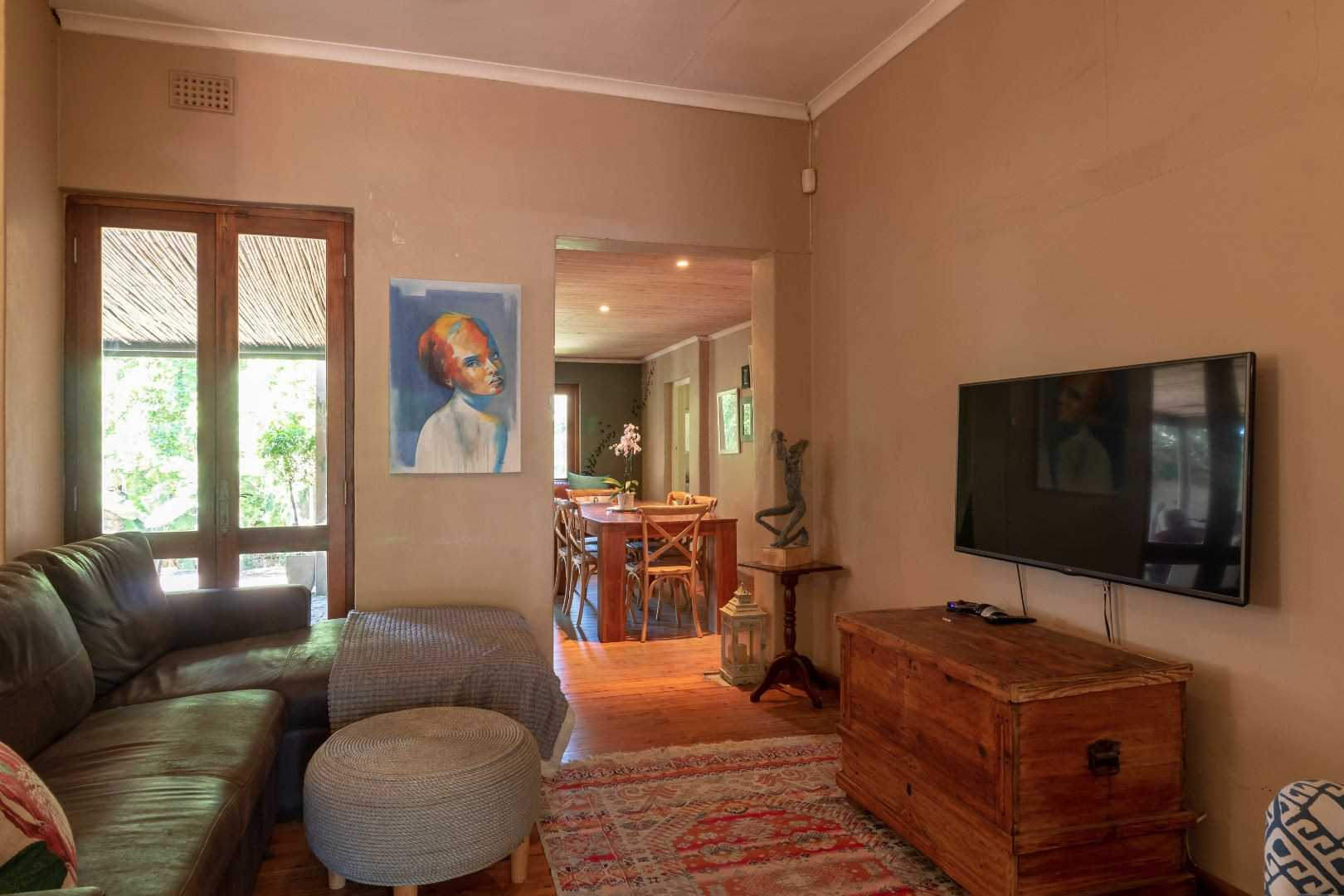 Cozy and Quirky in Oakdale - R1,779,000