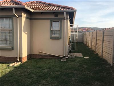 Property and Houses for sale in Pretoria West, House, 3 Bedrooms - ZAR 790,000