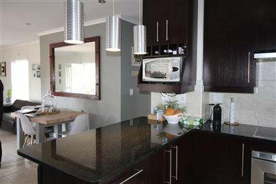 Durbanville, Pinehurst Property  | Houses For Sale Pinehurst, Pinehurst, Townhouse 3 bedrooms property for sale Price:2,150,000