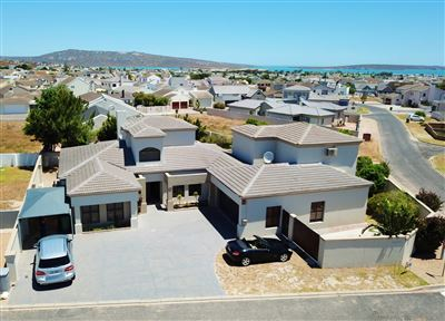 Langebaan, Country Club Property  | Houses For Sale Country Club, Country Club, House 5 bedrooms property for sale Price:3,345,000