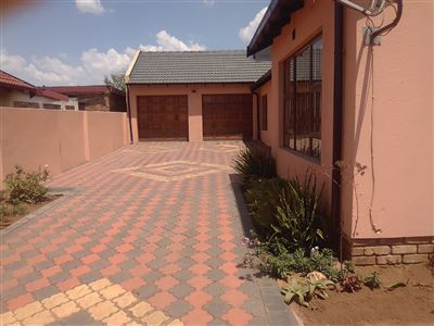 Witbank, Kwaguqa Property  | Houses For Sale Kwaguqa, Kwaguqa, House 3 bedrooms property for sale Price:860,000