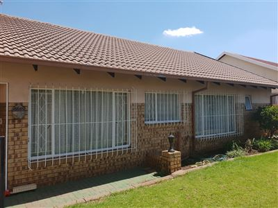 Witbank, Del Judor Property  | Houses For Sale Del Judor, Del Judor, Townhouse 3 bedrooms property for sale Price:965,000