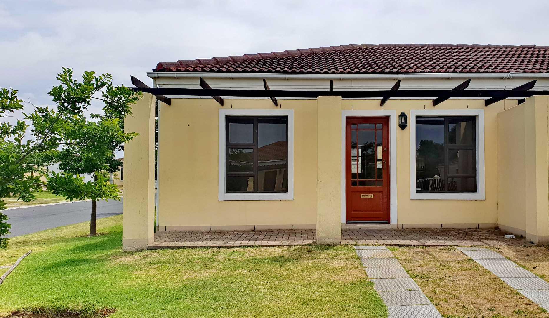 Bargain price in Stellendale Estate, Kuils River