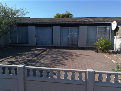 Bellville, Groenvallei Property  | Houses For Sale Groenvallei, Groenvallei, Townhouse 3 bedrooms property for sale Price:950,000