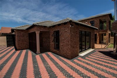 Johannesburg, Meredale Property  | Houses For Sale Meredale, Meredale, House 4 bedrooms property for sale Price:1,450,000