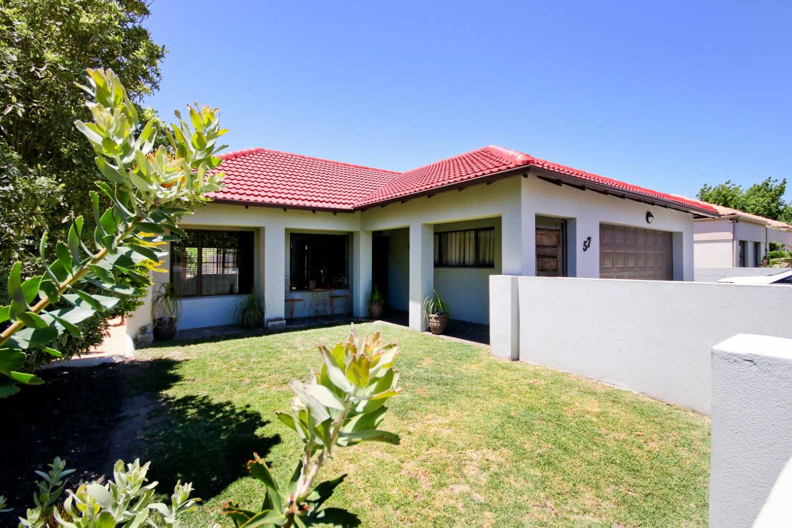 Charming, Family Home in Popular Cape Heritage
